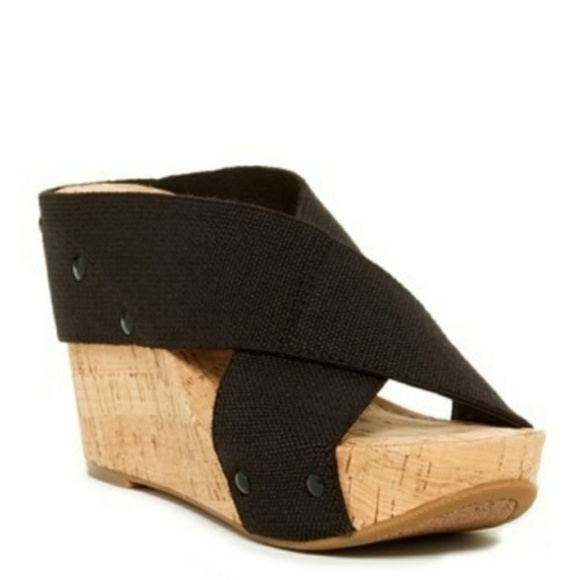 e41a2a19dcc2 Lucky Brand Shoes - Lucky Brand Cork Wedge Sandals